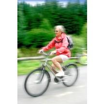 Zdrowy styl życia, regularna aktywność fizyczna wpływa na samopoczucie kobiety i zwiększa jej szanse na długie życie w zdrowiu