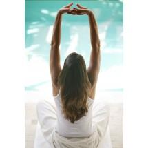 Przed ćwiczeniami oddechowymi należy się mocno przeciągnąć, żeby stawy były elastyczne.