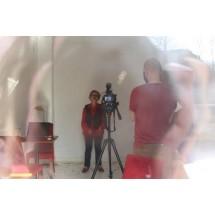 Film to poruszająca historia o czasie, opowiedzianą przez Młodzież i Seniorów z trzech miast.