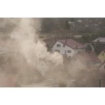 Smog nie jest problemem tylko wielkich miast. W sezonie grzewczym nawet na wsiach normy zanieczyszczenia powietrza są wielokrotnie przekroczone