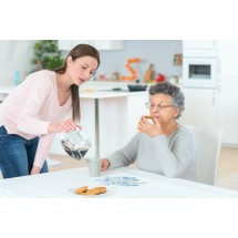 Czy warto zatrudnić pomoc domową?