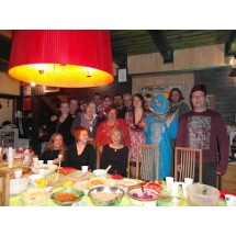W Arabian Night wzięło udział ok. 20 członków i członkiń facebookowej grupy Zdrowo podjeść! Gospodarzem - po raz drugi - był Justyn Depo.