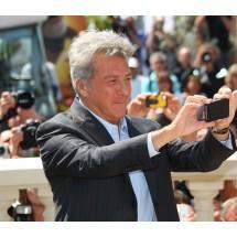 Dustin Hoffman w Cannes też robił zdjęcia. Rok 2011.