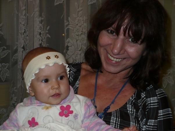 Maja i jej kochana babcia Krysia.