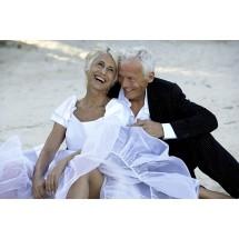Wdowie i wdowcowi po zmarłym małżonku przysługuje prawo do renty rodzinnej.