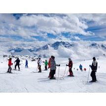 Im jesteśmy starsi, tym groźniejsze mogą być dla nas powikłania po kontuzji na stoku. Dlatego do nart i innych sportów trzeba się przygotować!