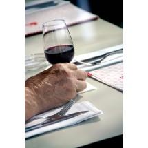 Podczas badania stwierdzono niższą częstość występowania łagodnego przerostu krokowego u mężczyzn pijących, co najmniej 25 gramów niskoprocentowych alkoholi w ciągu miesiąca.