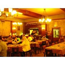 Wiele osób zapewnia, że najlepsza pieczeń wieprzowa - serwowana z kapustą i knedlami - jest U Kalicha, w praskiej gospodzie, gdzie bywał wojak Szwejk.