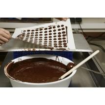 W Szwajcarii ręcznie robioną czekoladę sprzedaje się w wielu sklepikach z tradycjami.