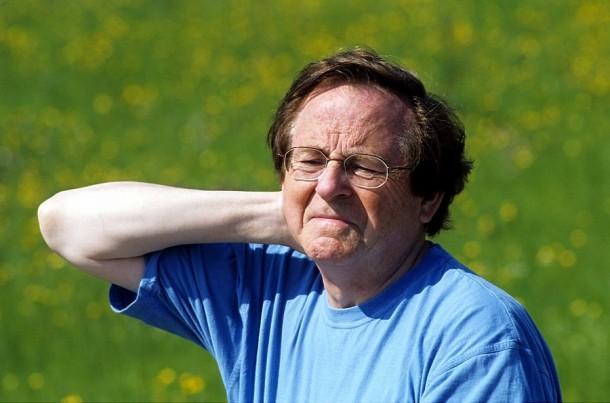 Czasem neuralgia nasila się przy ruchach szyi.