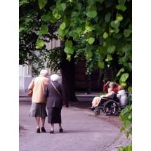 Nigdy nie jest za późno na rzucenie palenia papierosów, wprowadzenie zdrowej diety czy wyrobienie nawyku regularnych spacerów.