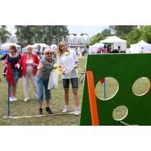 W 2012 roku w warszawskiej imprezie wzięło udział około trzystu osób